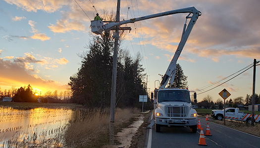 Sumas Powerlines Down Highway 547